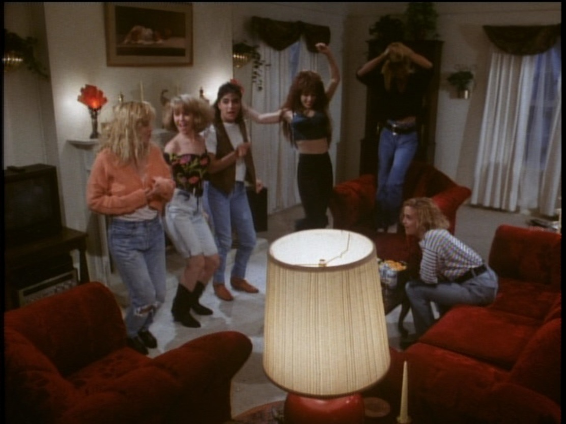 Raz's Midnight Macabre Horror Review: The Slumber Party ...